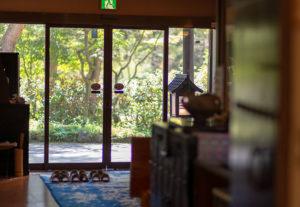 緑風亭:玄関