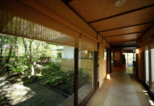 緑風亭:廊下